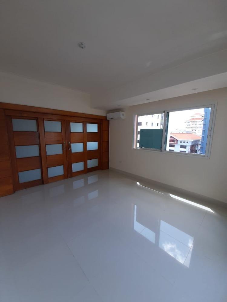 Vendo moderno apartamento de 3 hab en Bella Vista